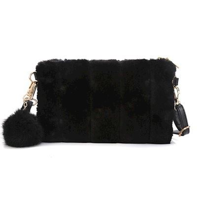 Fluffy Clutch Blackout